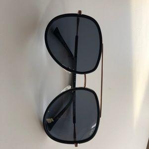 Quay sunglasses great condition